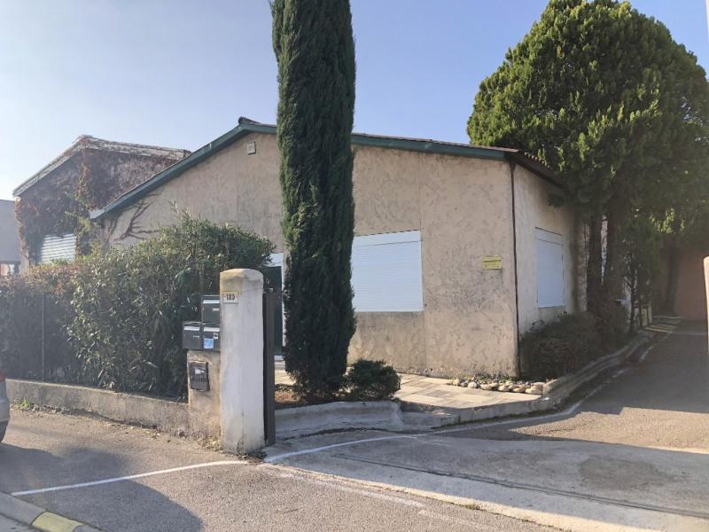 Rental office Aix en provence 430€ CC - Picture 1