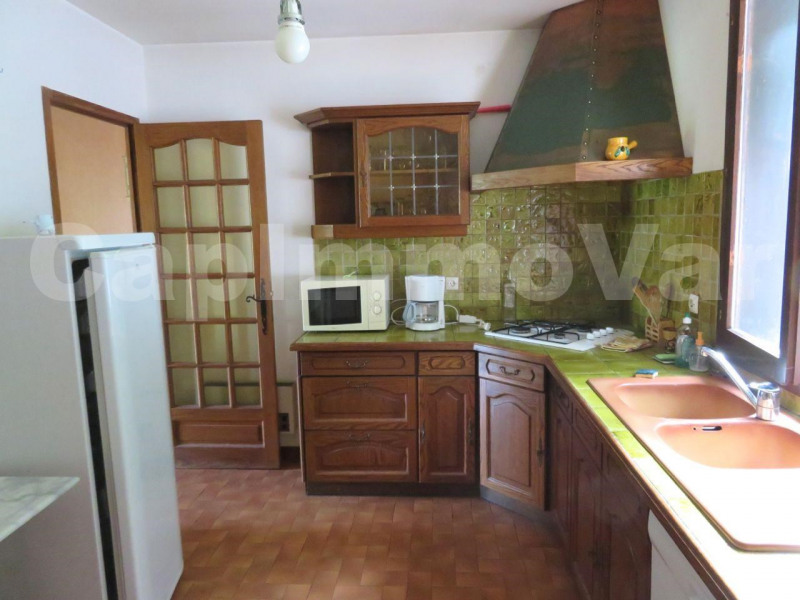 Deluxe sale house / villa Le beausset 575 000€ - Picture 9
