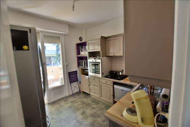 Sale apartment Pau 118 000€ - Picture 2