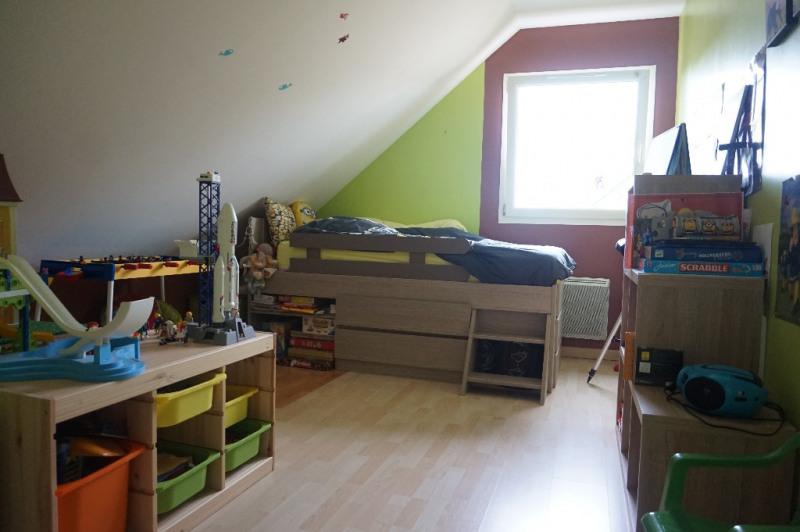 Sale house / villa Laval 218400€ - Picture 7
