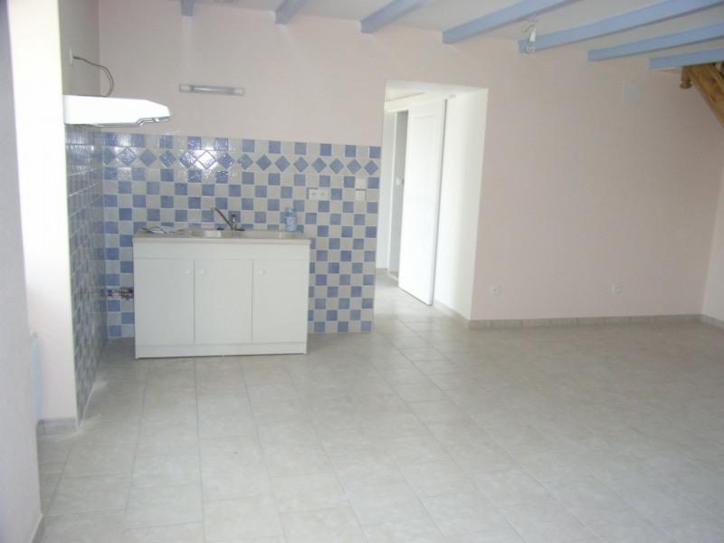 Rental house / villa Brie-sous-archiac 635€ CC - Picture 2