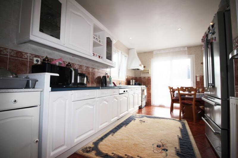 Sale house / villa Caudan 266250€ - Picture 2