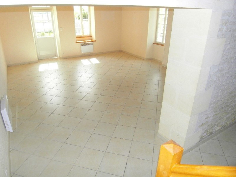 Rental house / villa Sainte  severe 666€ CC - Picture 4