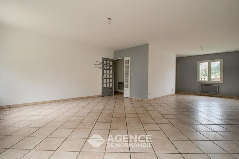 Investment property house / villa Broglie 120000€ - Picture 3