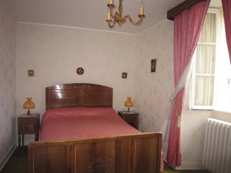 Sale house / villa St cyprien 69120€ - Picture 6