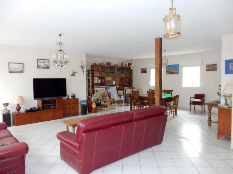 Sale house / villa Montreuil juigne 414500€ - Picture 4