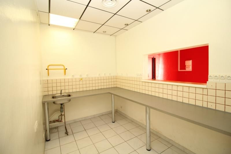 Rental empty room/storage Salon de provence 520€ HT/HC - Picture 4