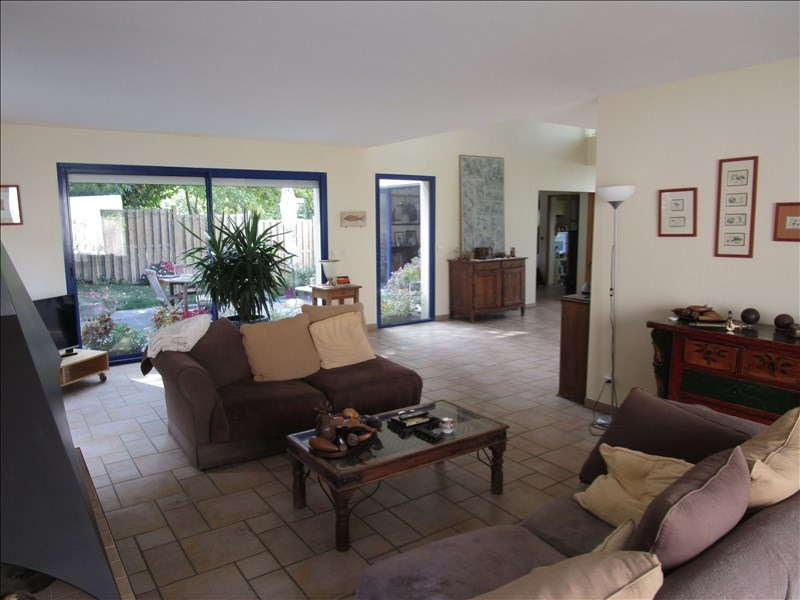 Deluxe sale house / villa Marly le roi 1 030 000€ - Picture 3