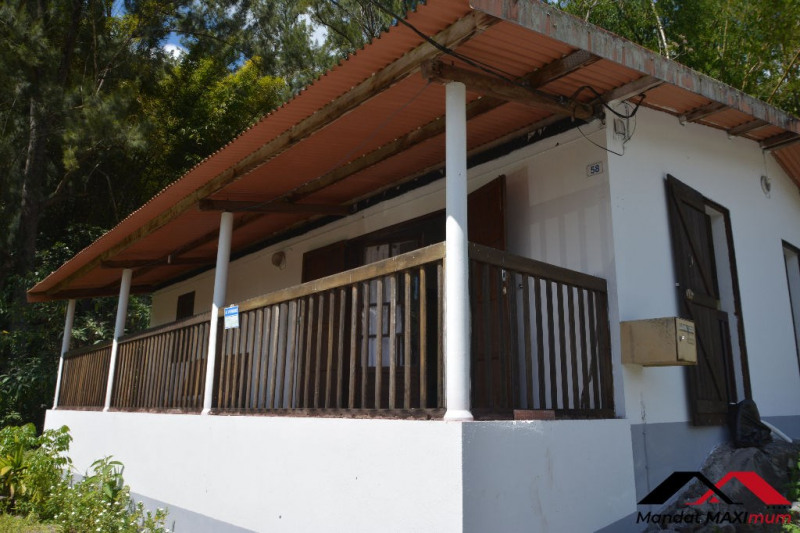 Vente maison / villa Salazie 93500€ - Photo 3
