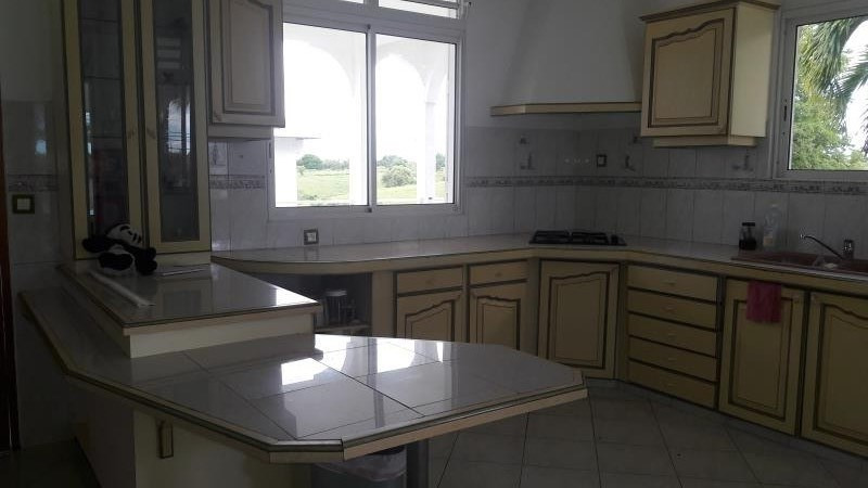 Rental house / villa Ste anne 1 500€ CC - Picture 9