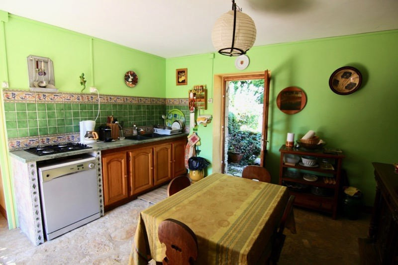 Sale house / villa Bouzic 190800€ - Picture 6