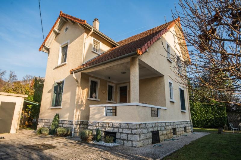 Sale house / villa Bassens 379500€ - Picture 1