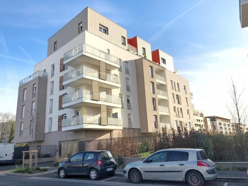 Rental apartment Cergy 973€ CC - Picture 1