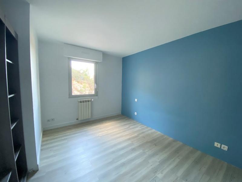 Location appartement Villeneuve les avignon 1090€ CC - Photo 5