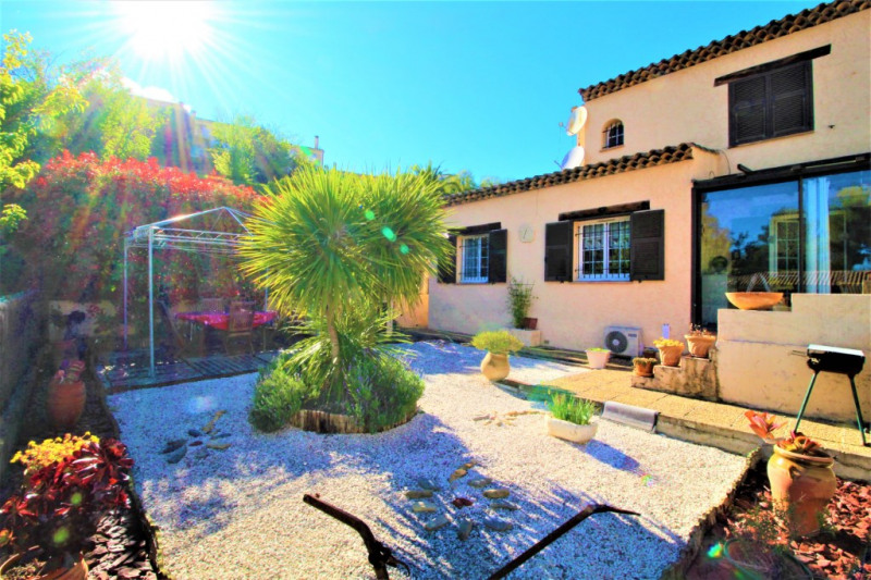 Deluxe sale house / villa Cagnes sur mer 599000€ - Picture 1