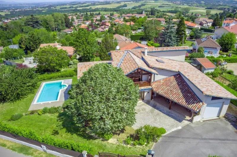 Sale house / villa Seyssuel 550000€ - Picture 1