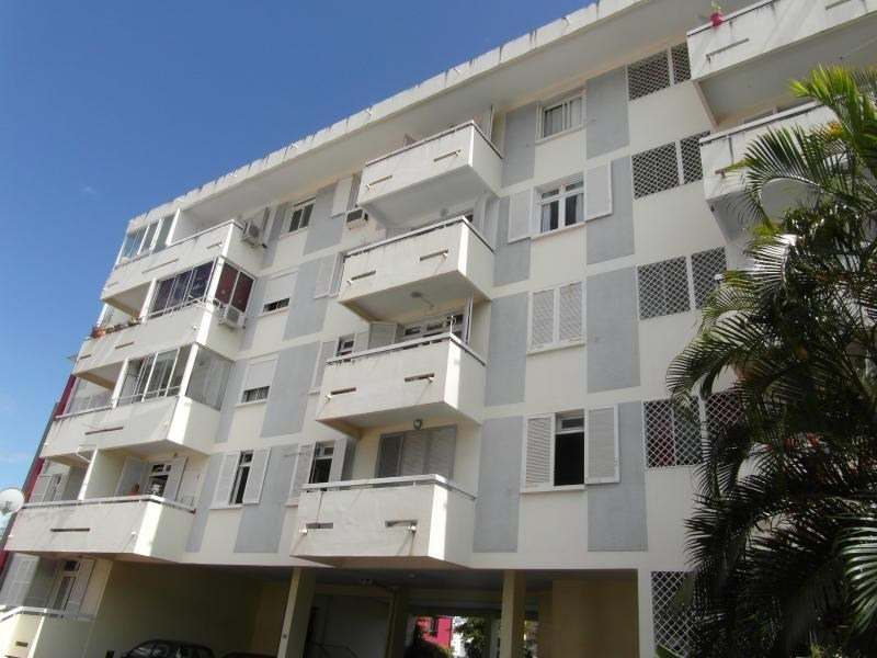 Sale apartment St denis camelias 109 000€ - Picture 1