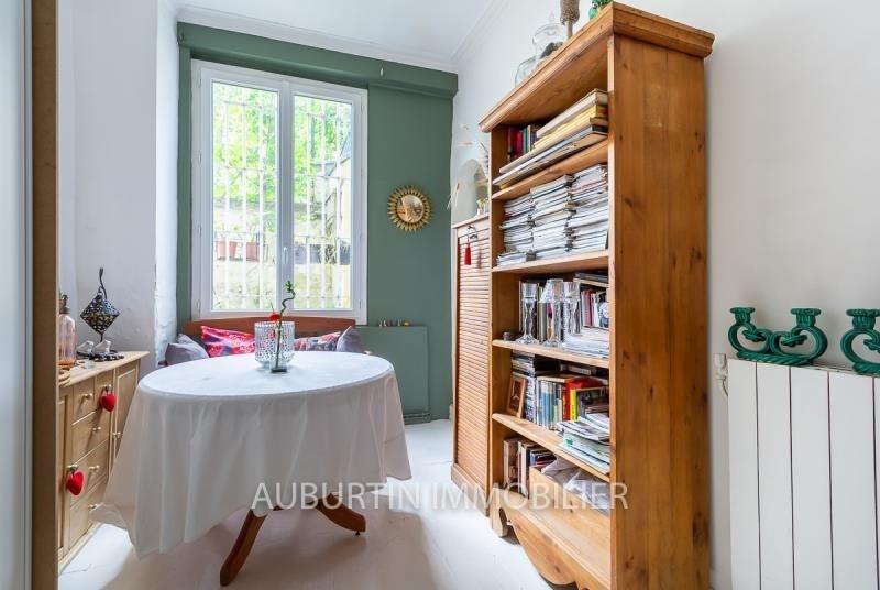 Sale apartment Paris 18ème 549000€ - Picture 2