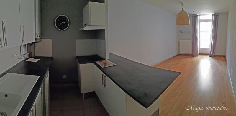 Rental apartment Nantua 309€ CC - Picture 2