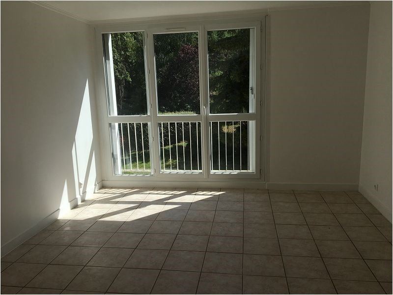 Rental apartment Yerres 1 044€ CC - Picture 2