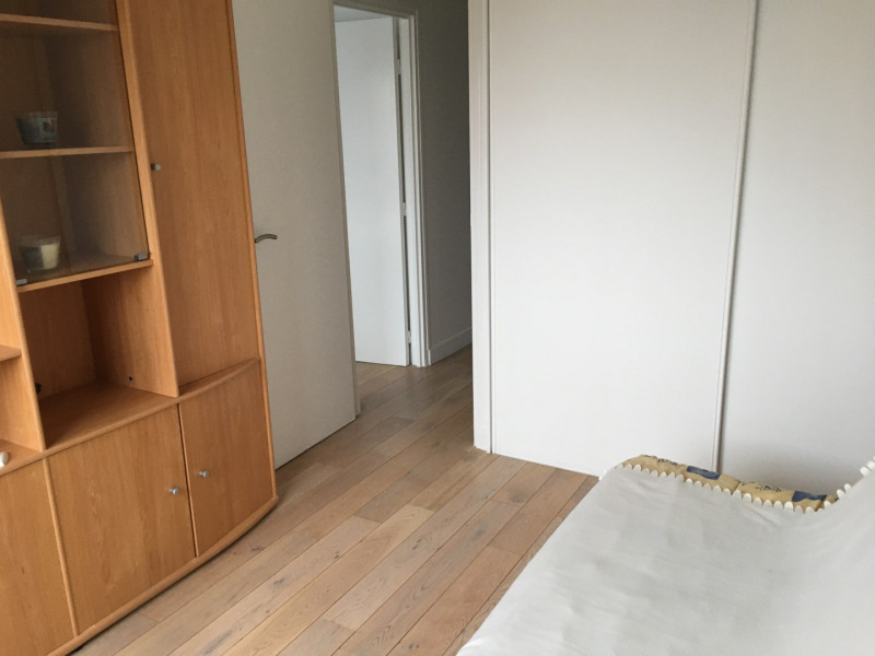 Rental apartment Courbevoie 2 000€ CC - Picture 5
