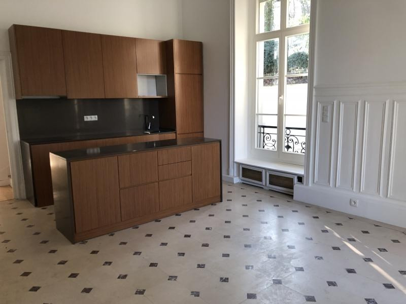 Sale building Grigny 2 300 000€ - Picture 8