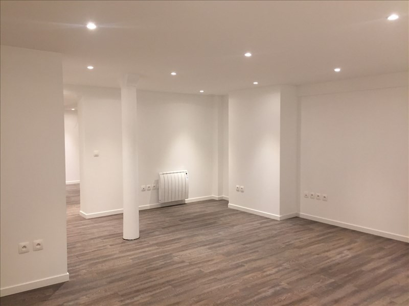 Sale office Paris 9ème 895 000€ - Picture 2