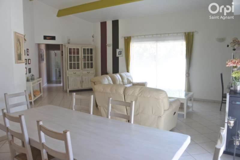 Vente maison / villa Saint agnant 284 500€ - Photo 3