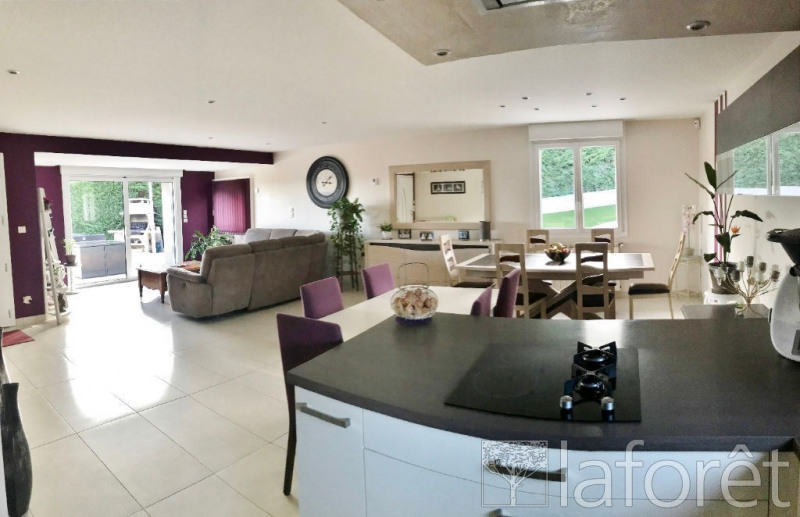 Sale house / villa Bourgoin jallieu 315000€ - Picture 2