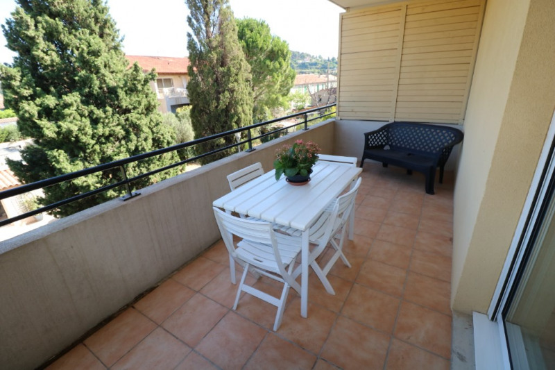 Location appartement Saint chamas 750€ CC - Photo 2
