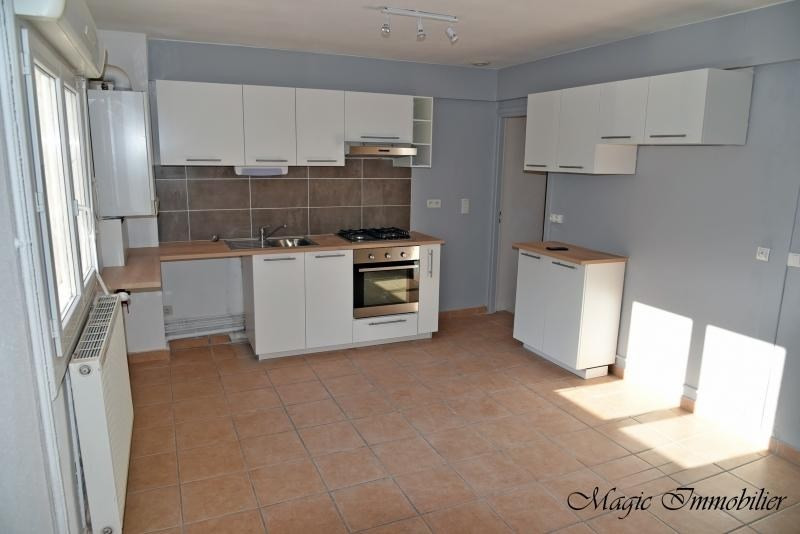 Location appartement Nantua 640€ CC - Photo 4