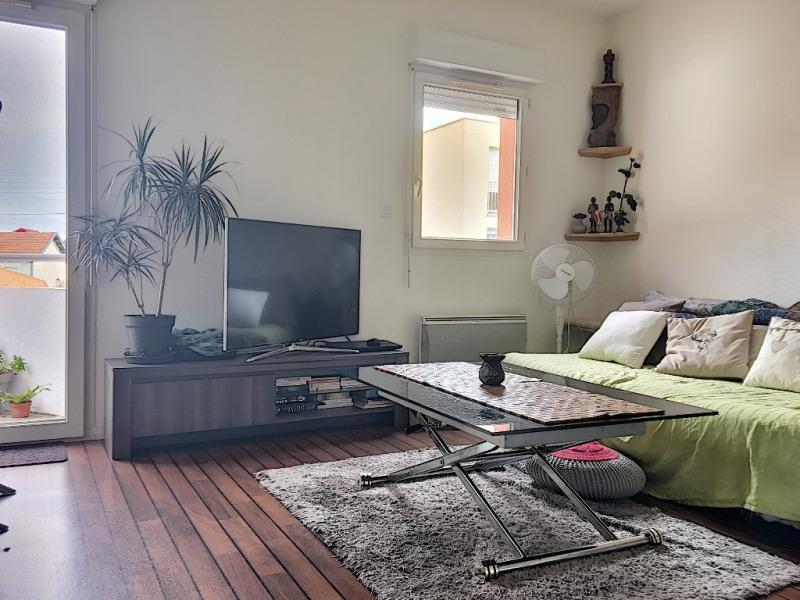 Sale apartment La rochelle 108000€ - Picture 3