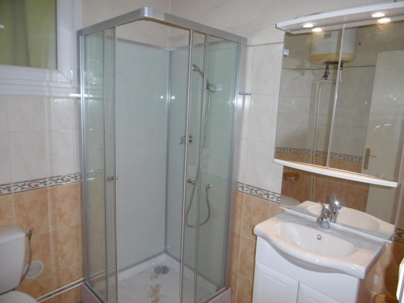 Sale house / villa Aimargues 128000€ - Picture 6