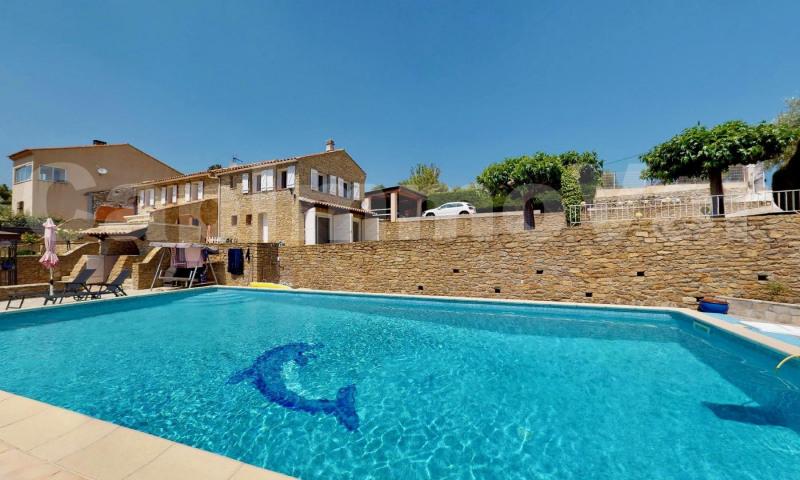 Villa en pierre type 7 avec piscine