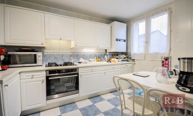 Sale house / villa Plaisir 305000€ - Picture 3