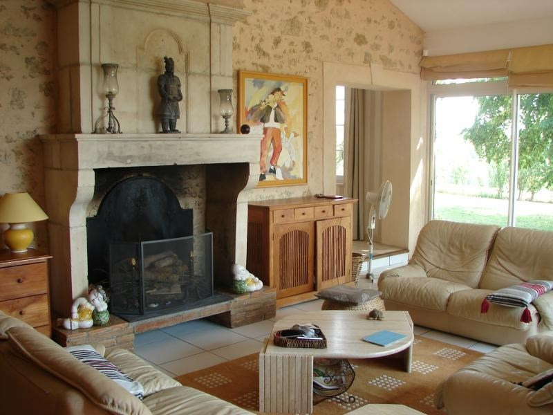 Deluxe sale house / villa L isle jourdain 598000€ - Picture 6