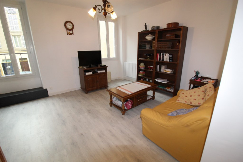 Vente appartement Hyeres 275 000€ - Photo 6