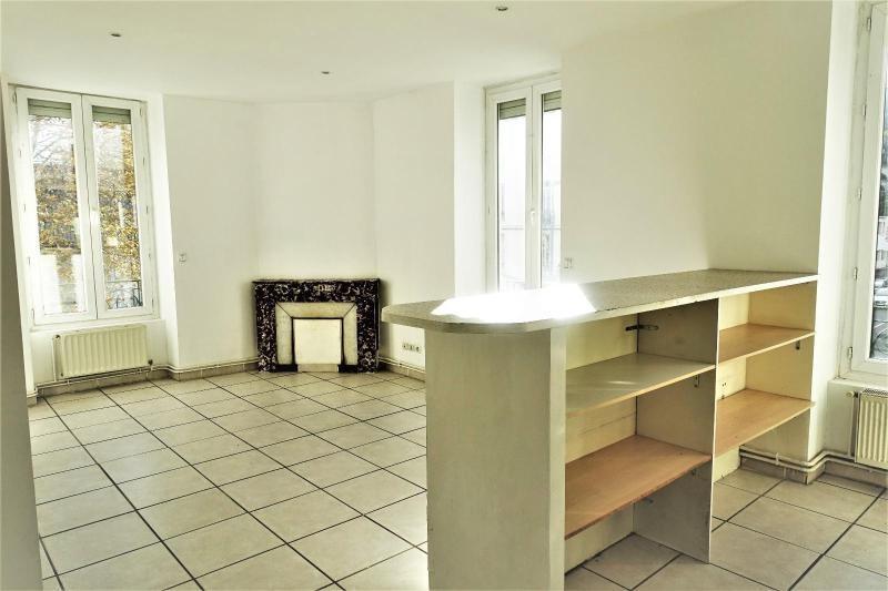Location appartement Saint etienne 450€ CC - Photo 2