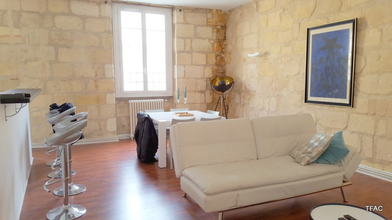 Location appartement Bordeaux 1430€ CC - Photo 2