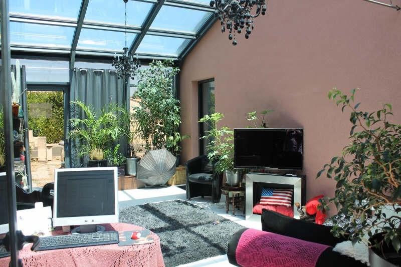 Location maison / villa Aiffres 825€ CC - Photo 2
