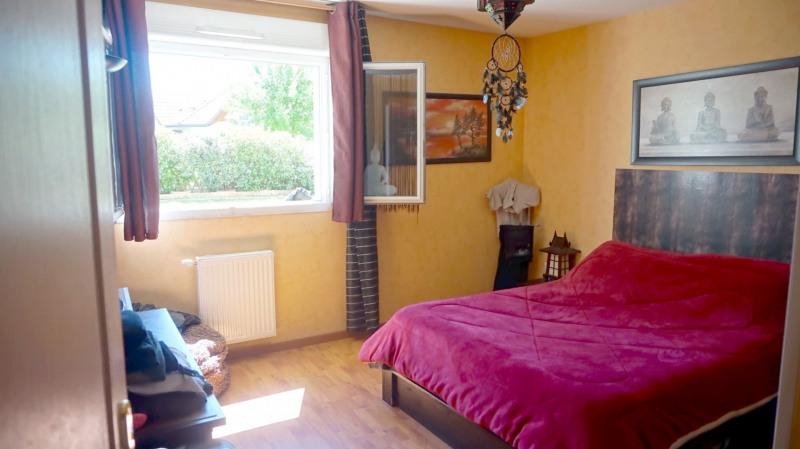 Sale apartment Cranves sales 299000€ - Picture 4