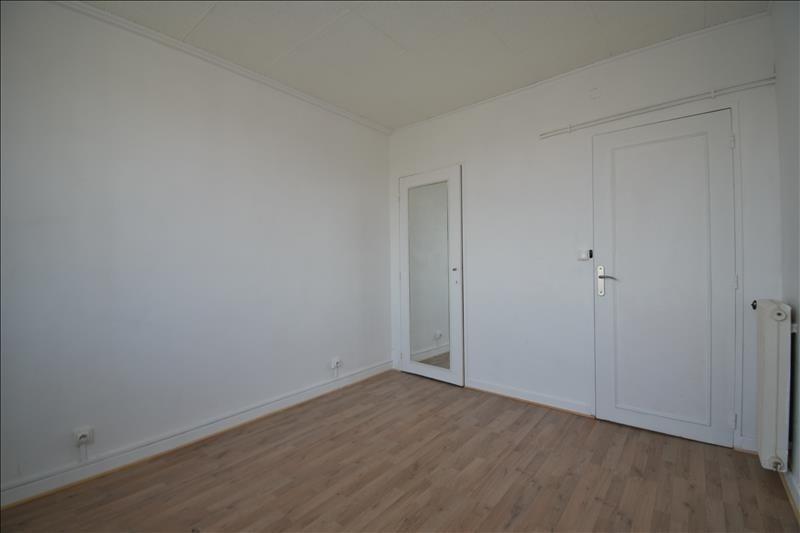 Sale apartment Pau 93000€ - Picture 3