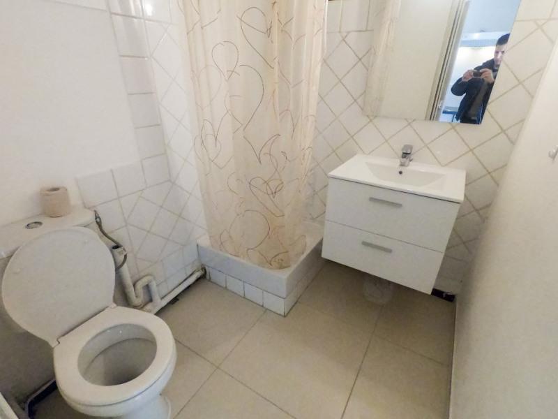 Rental apartment Les milles 450€ CC - Picture 5