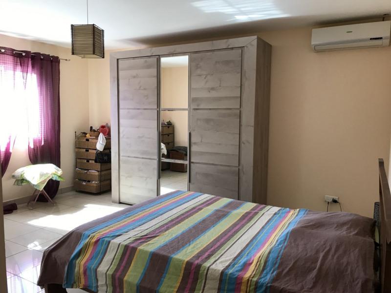 Sale house / villa Petite ile 296800€ - Picture 10
