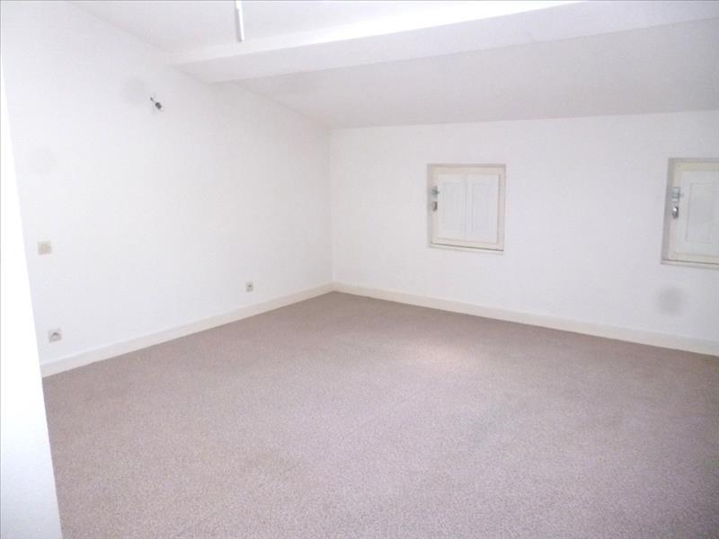 Rental apartment Le coteau 395€ CC - Picture 1