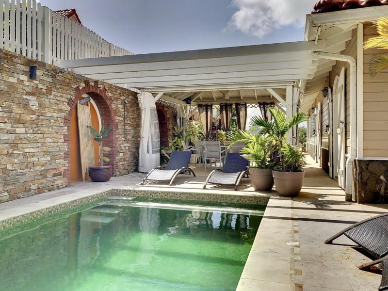 Deluxe sale house / villa Le robert 992750€ - Picture 2