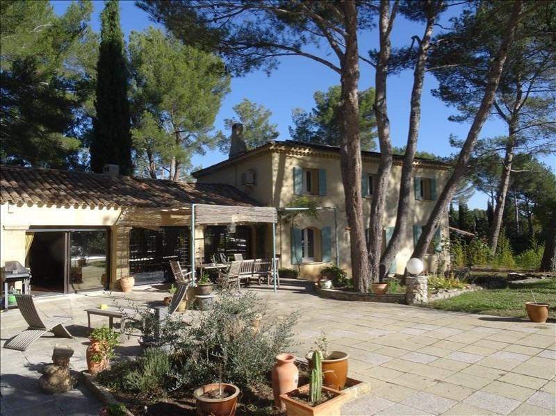 Deluxe sale house / villa Rousset 749000€ - Picture 1