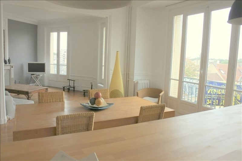 Deluxe sale apartment St germain en laye 1 095 000€ - Picture 1