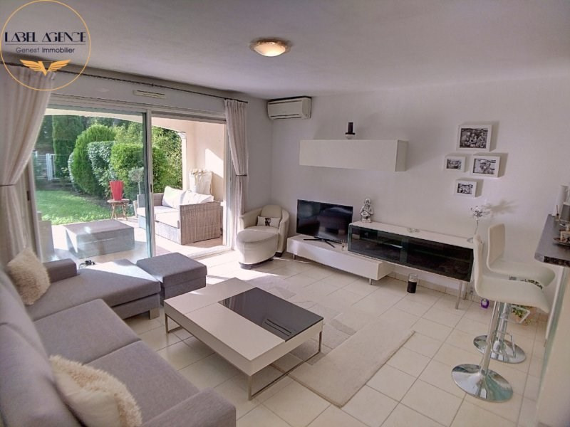 Sale apartment Ste maxime 198000€ - Picture 1