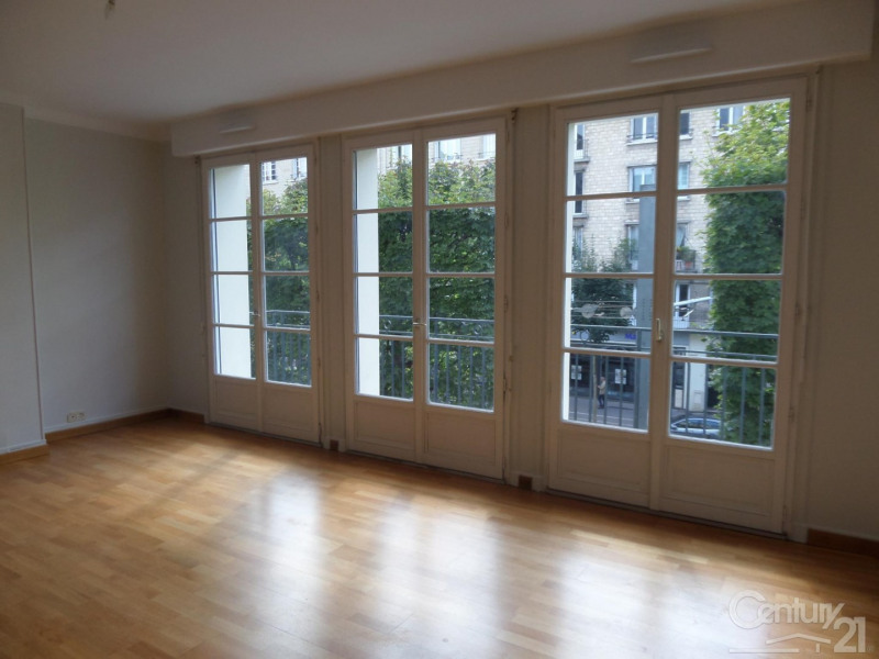 Rental apartment 14 1 020€ CC - Picture 1